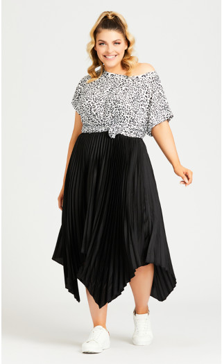 Pleated Plain Skirt - black