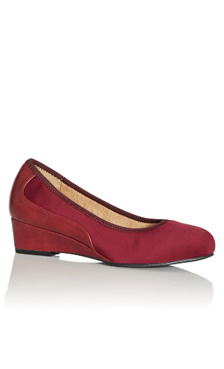 Hattie Wedge Shoe - burgundy